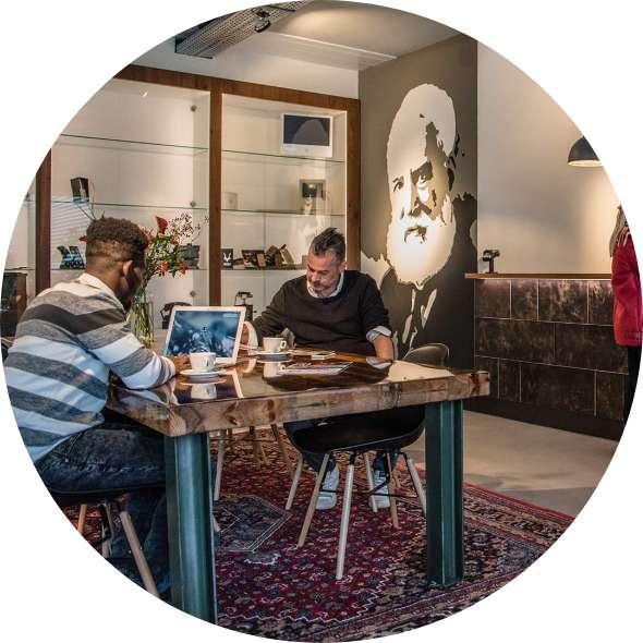 https://zakelijkglasvezel-oss.nl/wp-content/uploads/2020/06/edsas-cirkelfoto-home.jpg